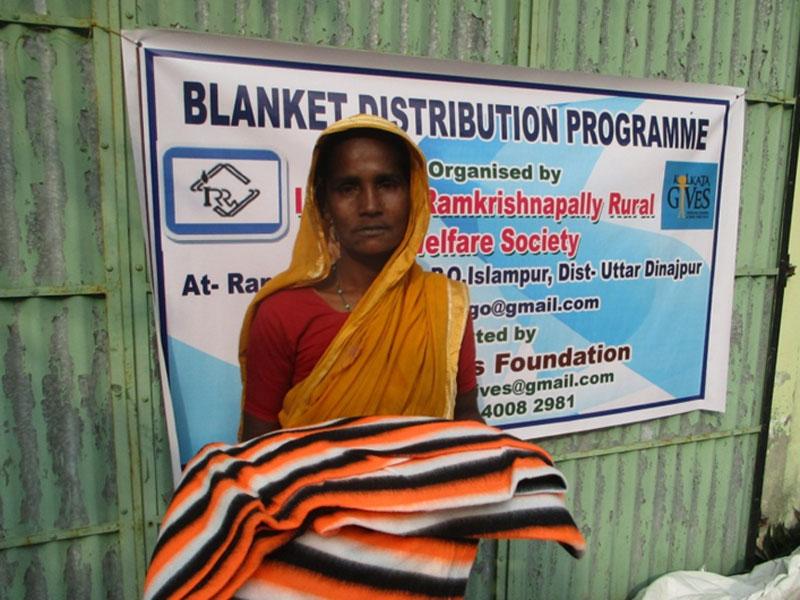 blanket-distribution-1